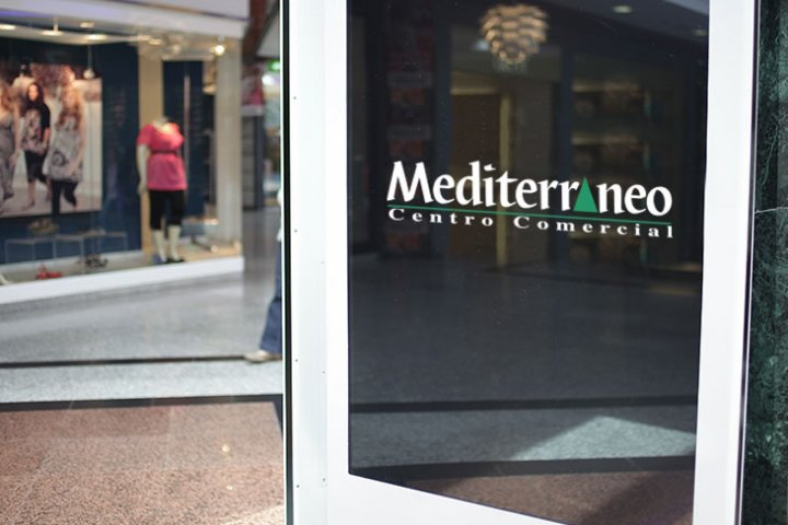 Advertise on the screens of Mediterráneo